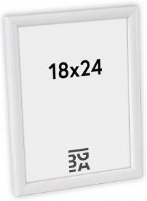 Newline Hvit 18x24 cm